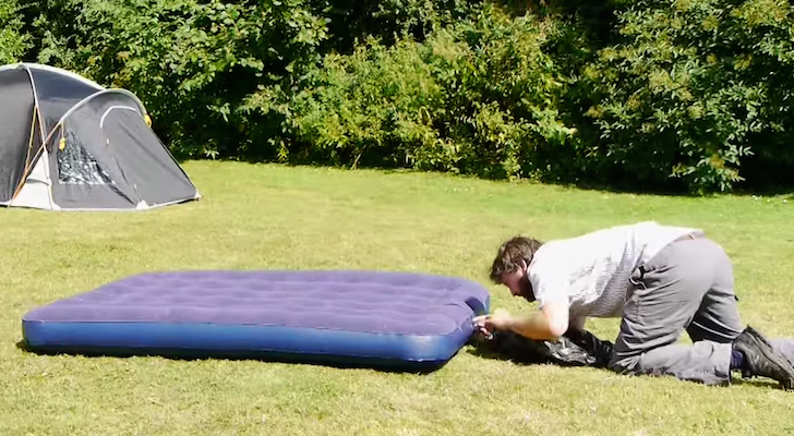 How to inflate an airbed with no pump