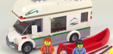 Review Of The LEGO Camper Van Set #60057 [VIDEO]