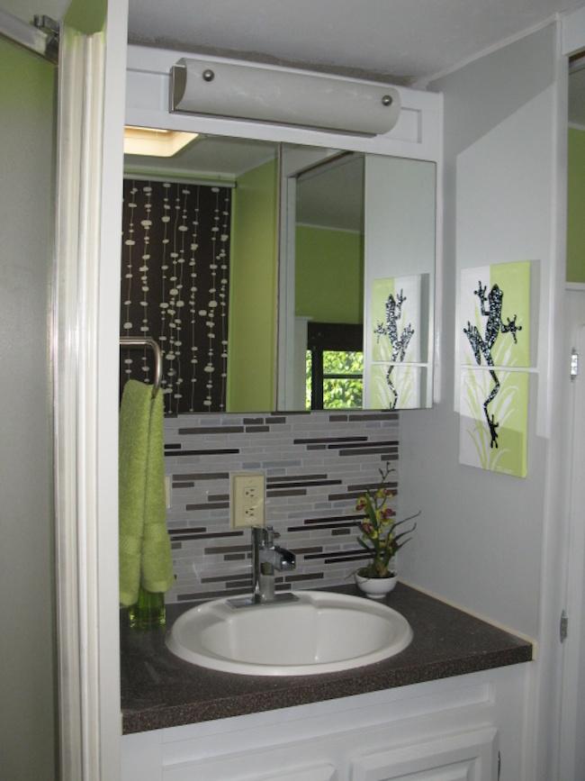Painting Bathroom Tile Walls Color Schemes