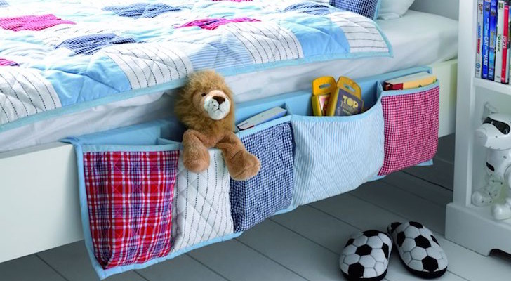 DIY Hanging Bedside Organizer Perfect For An RV Bunk