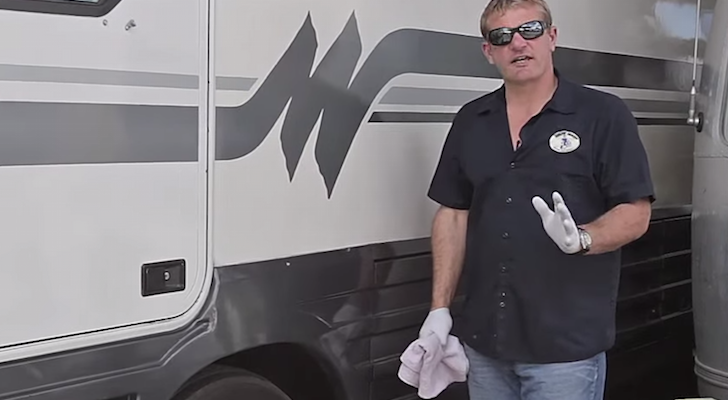How to wax your RV