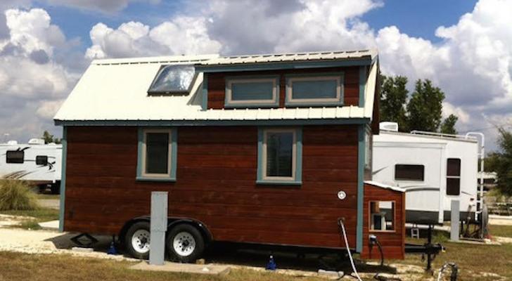 This Couple Lives At A Texas RV Park In A DIY Mobile Home