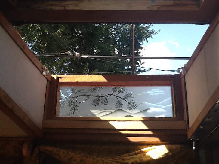 Truckcamper with a skylight