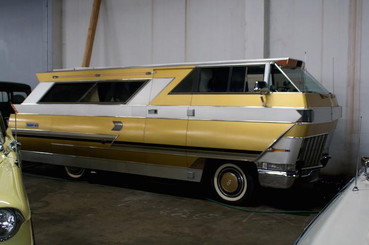 Cadillac RV