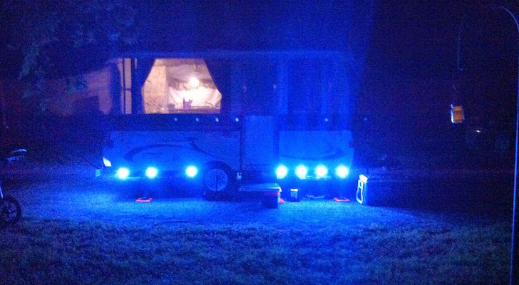 Pop Up Trailer With Powerful LED Lights For Nighttime Fun