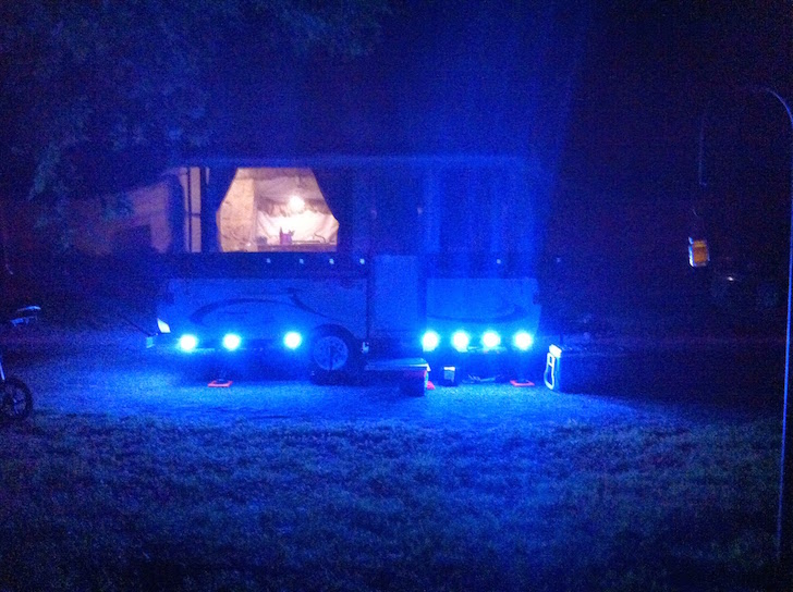 Rent A Truck >> Pop Up Trailer With Powerful LED Lights For Nighttime Fun