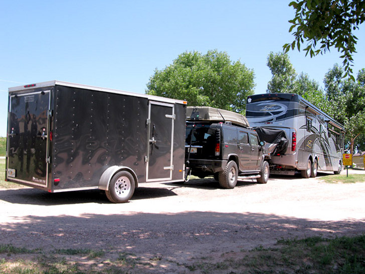 RV Triple Towing Laws, Pros and Cons
