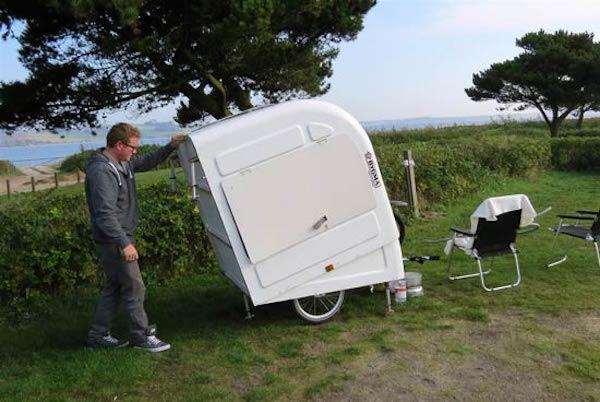 Expanding bicycle camper