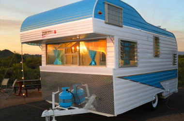 Perfect Glamping Camper: 1963 Fireball Meteor With 16′ Upper Berth