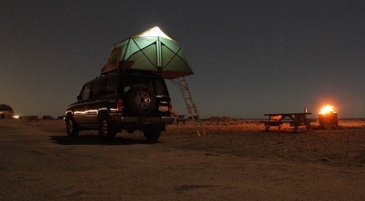 DIY Rooftop Camper Made From The Simplest Of Materials