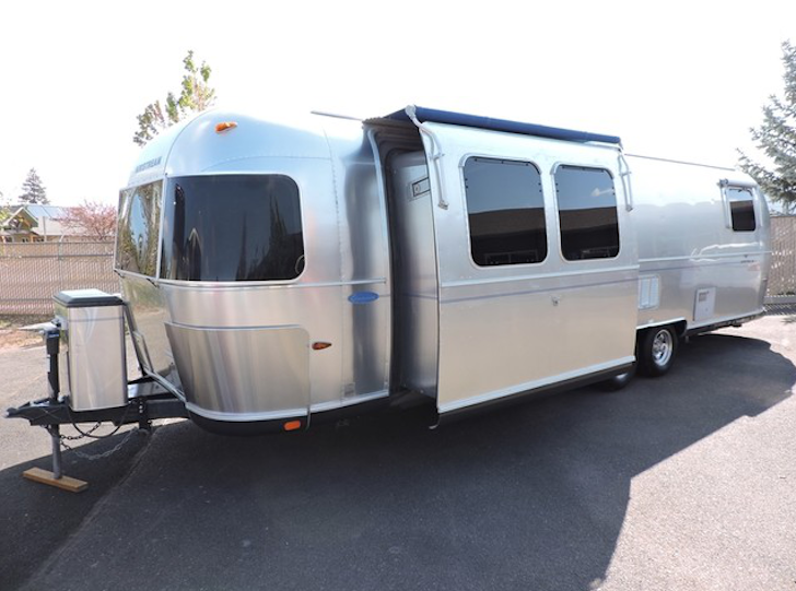 2005 Airstream Classic Slide Out