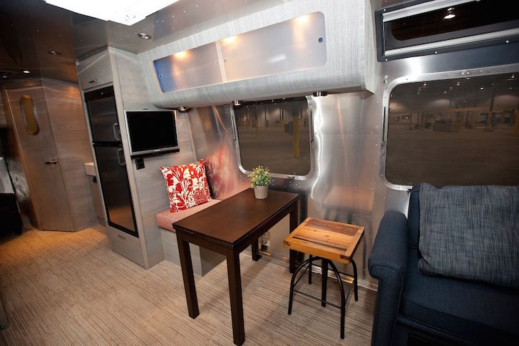 2005 Airstream International