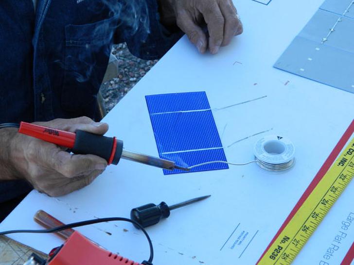 72 individual solar cells