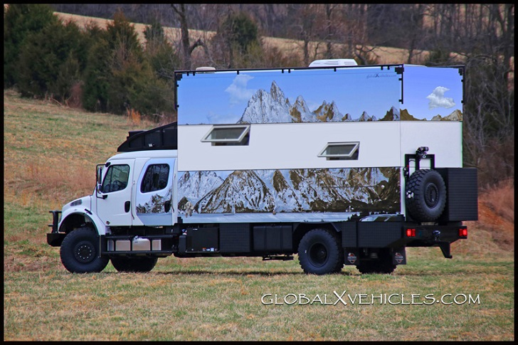 "Global Expedition Vehicle's ""Pangea"""