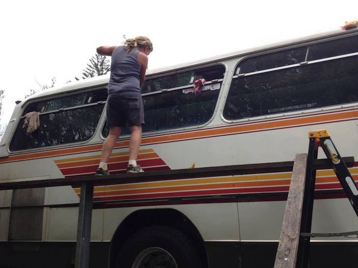 Removing rust from the bus