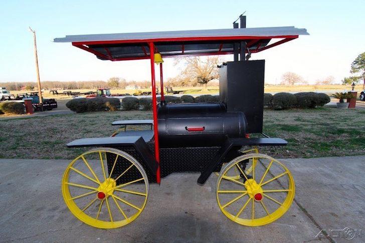Steam engine grill
