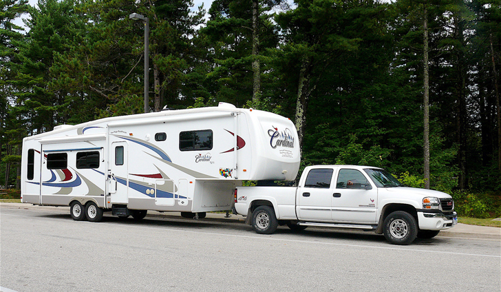 fifth wheel campers