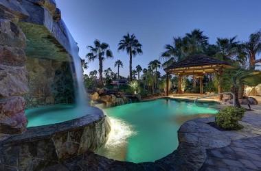 Villas at Desert Shores