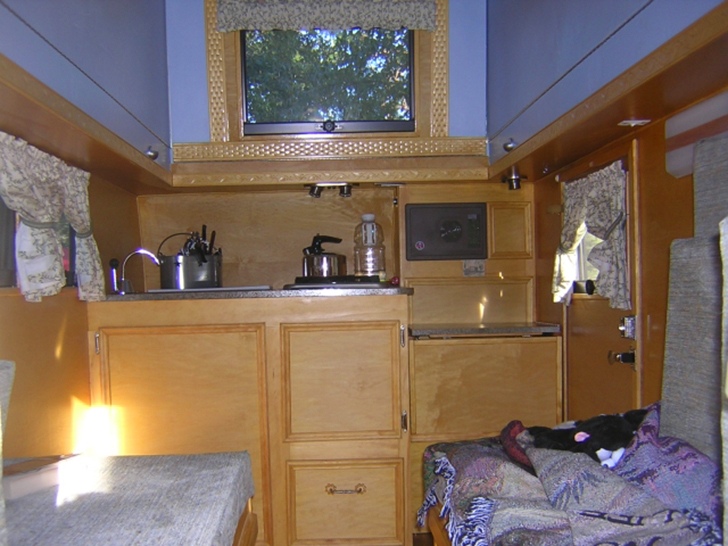 MyAway-handcrafted-trailer-kitchen3-DIYRV