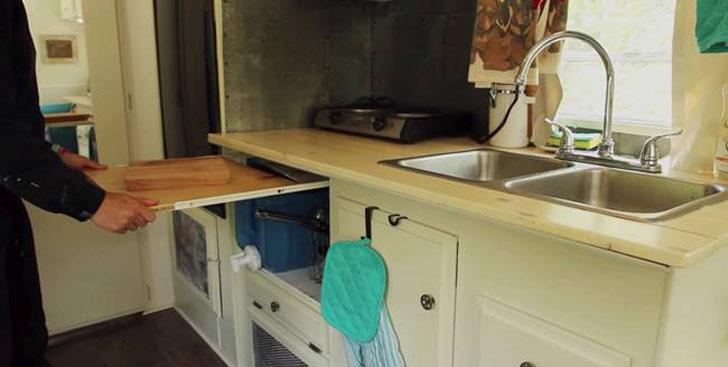 kitchen cabinet slideout