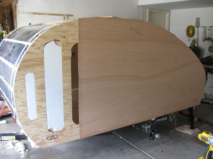 insulated wall with skin