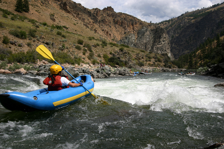 Rafting in rapids