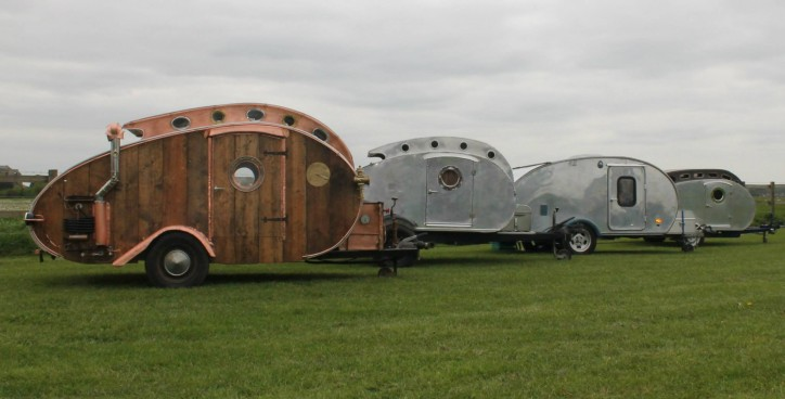 Custom built teardrop trailers