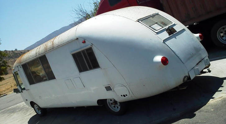 Man Rescues Corvair UltraVan Motorhome Owned By His Parents 30 Years Ago