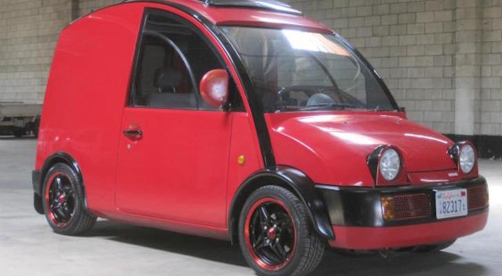 This Quirky 1988 Nissan S-Cargo Van Might Turn Into A Decent Camper