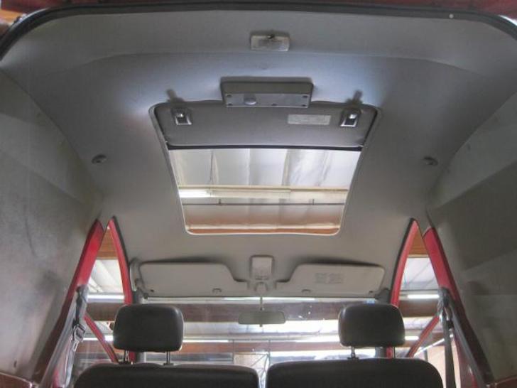 Rear ceiling