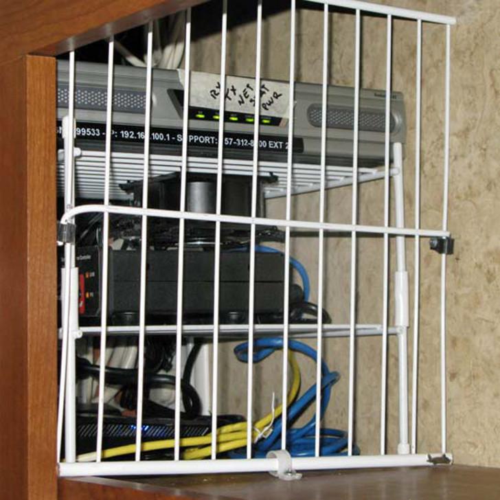 RV cabinet cooling fan