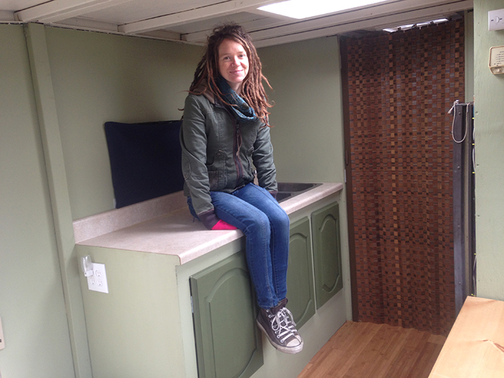 Brittany Taylor S Simple Life In A 19 Foot Winnebago Warrior