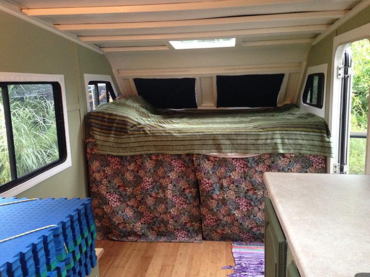 BrittanyTaylor-Winnie-loft-bed