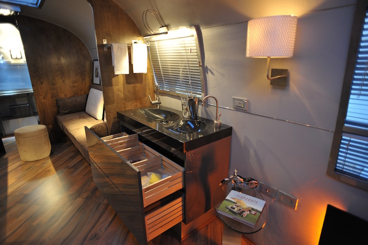Renovated 1967 Overlander Airstream