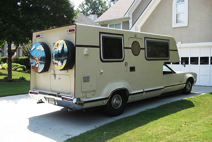 rear view toronado