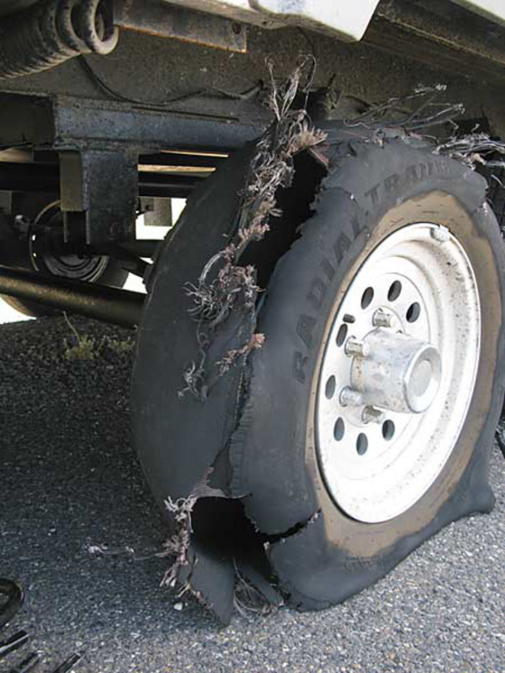 Safety Tip Of The Day >> RV Tire Blowout Tips And Informational Video
