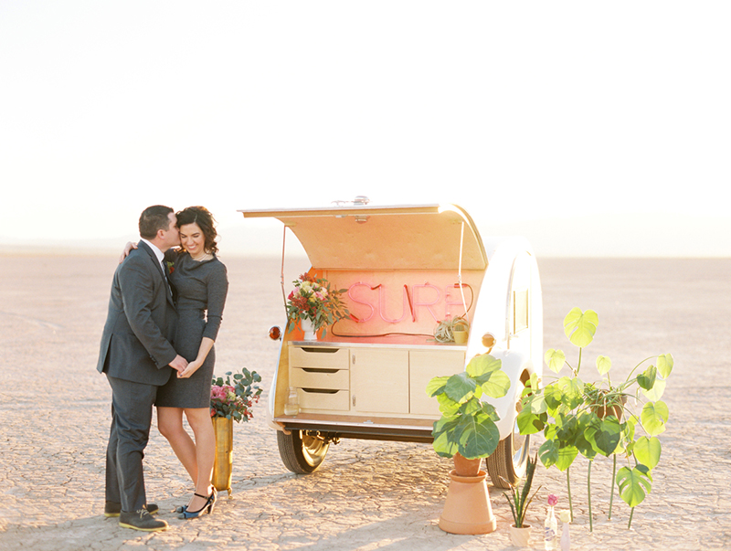 FloraPop-Vegas-Weddings-TeardropTrailer