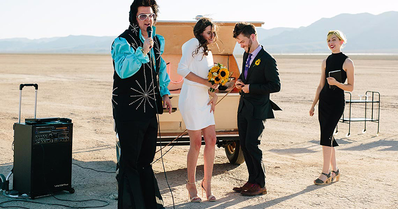 FloraPop-Vegas-Weddings-TeardropTrailer3