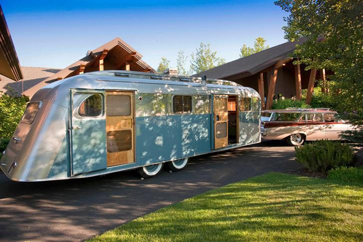 Flyte-Camp-WestcraftSequoia-DIYRV