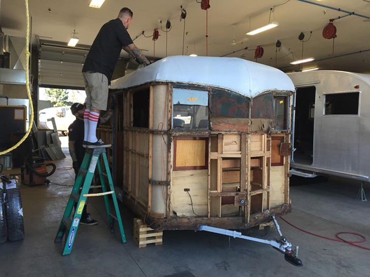 Flyte-Camp-vintage-trailer-restoration