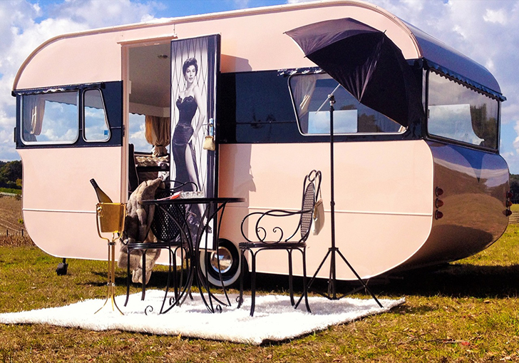 Love-Vintage-Caravans-Dolly-DIYRV.jpg