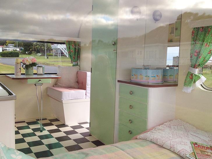 Love-Vintage-Caravans-MaryLou2-DIYRV.jpg