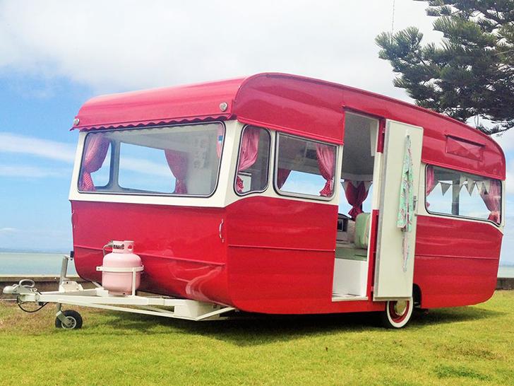 Love-Vintage-Caravans-Valerie2-DIYRV.jpg