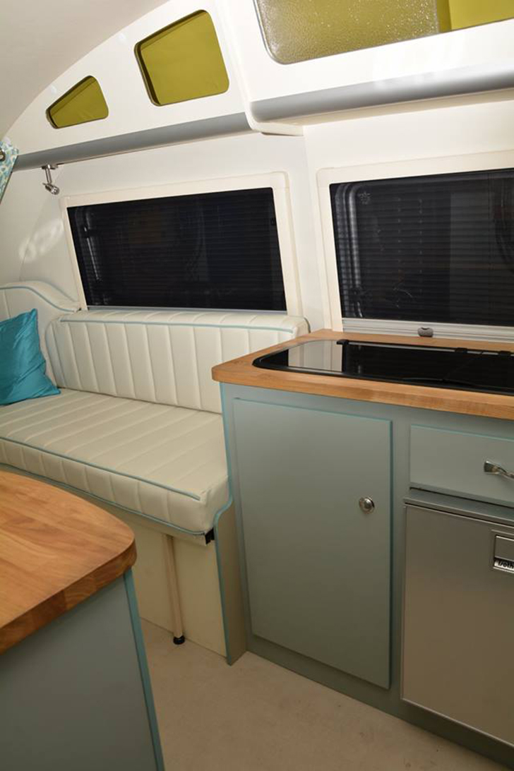 Rv Propane Stove >> This Awesome Fiberglass Trailer Looks So Smooth