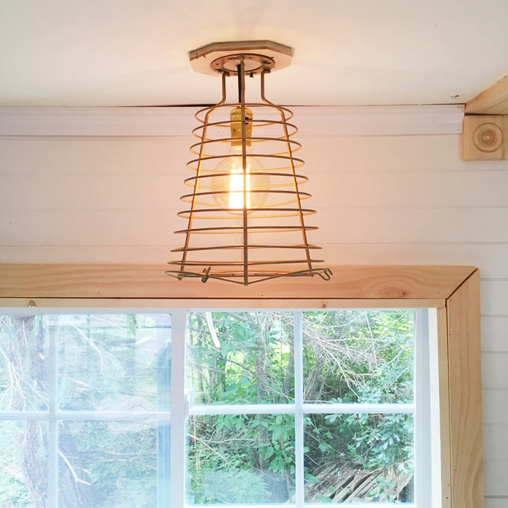 WildGypsyCaravan-lamp