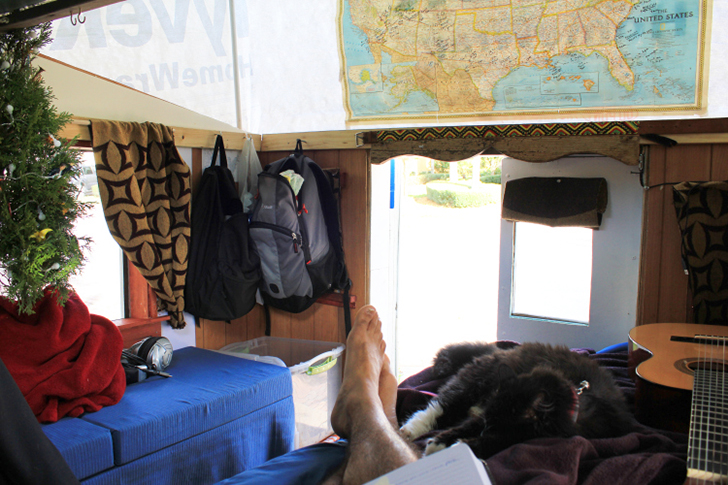 JoeChavez TinyHouse Camper bed. Man Travels The U S  In A  500 Homemade Truck Camper