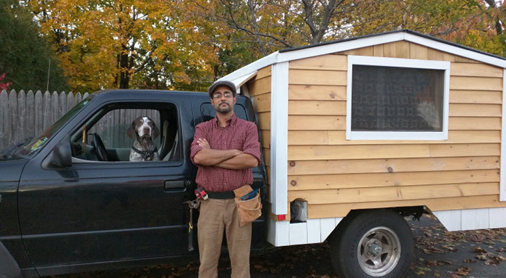 Man Travels The United States In A $500 Homemade Truck Camper