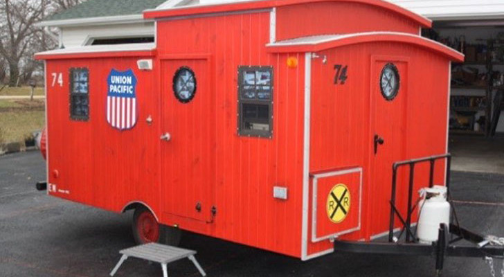 A DIY Caboose RV That's Right On Track