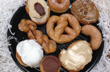 Take This Non-Traditional RV Road Trip To Find Tasty Donuts In Indiana