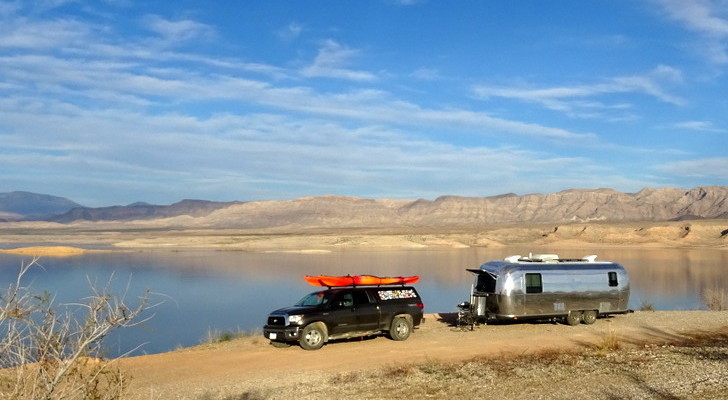 5 Boondocking Lessons: How To Camp In The Wild Like A Pro